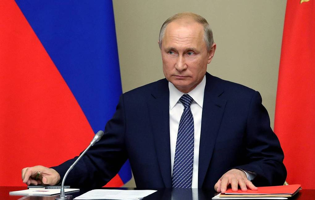 Russia's Putin urges new arms talks with U.S.  to avoid 'chaos'