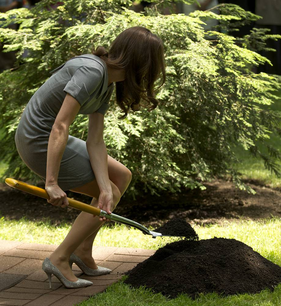 While on a tour around Canada in July 2013, Kate, the Duchess of Cambridge participated in a tree planting ceremony