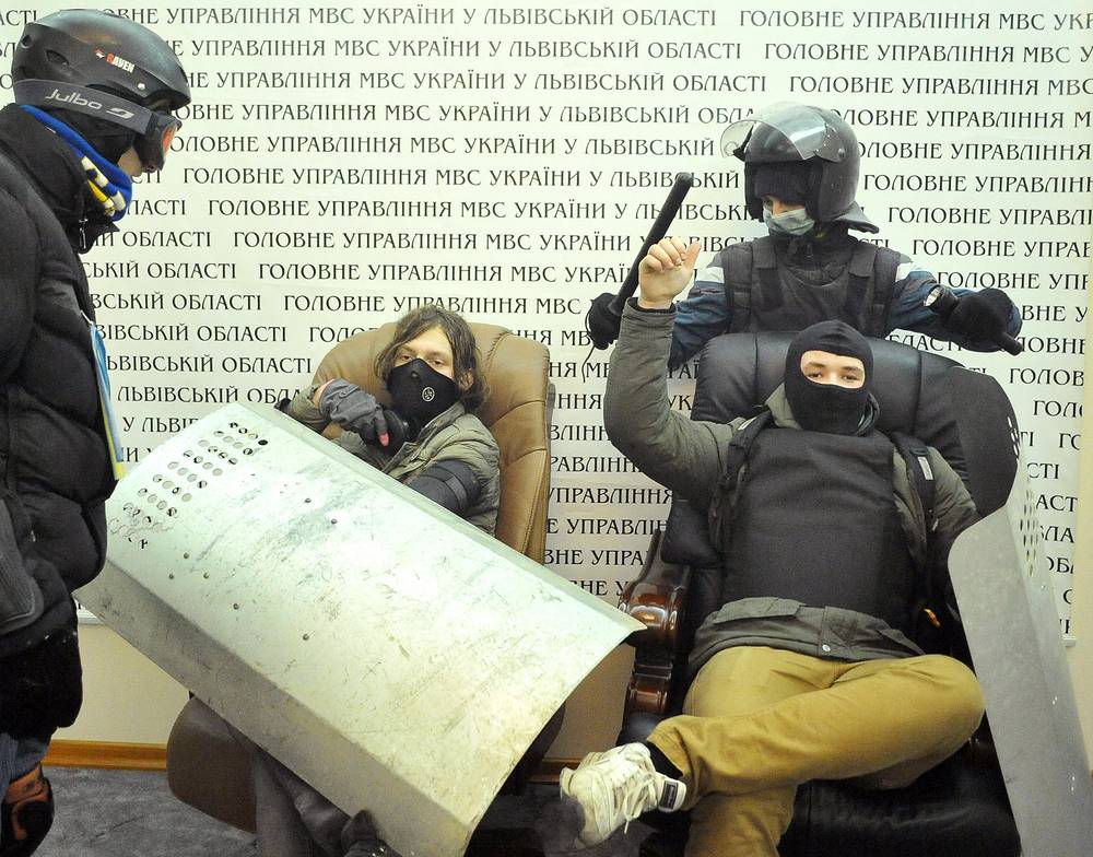 Opposition radicals also widely use the gear seized from the riot police, such as shields and batons
