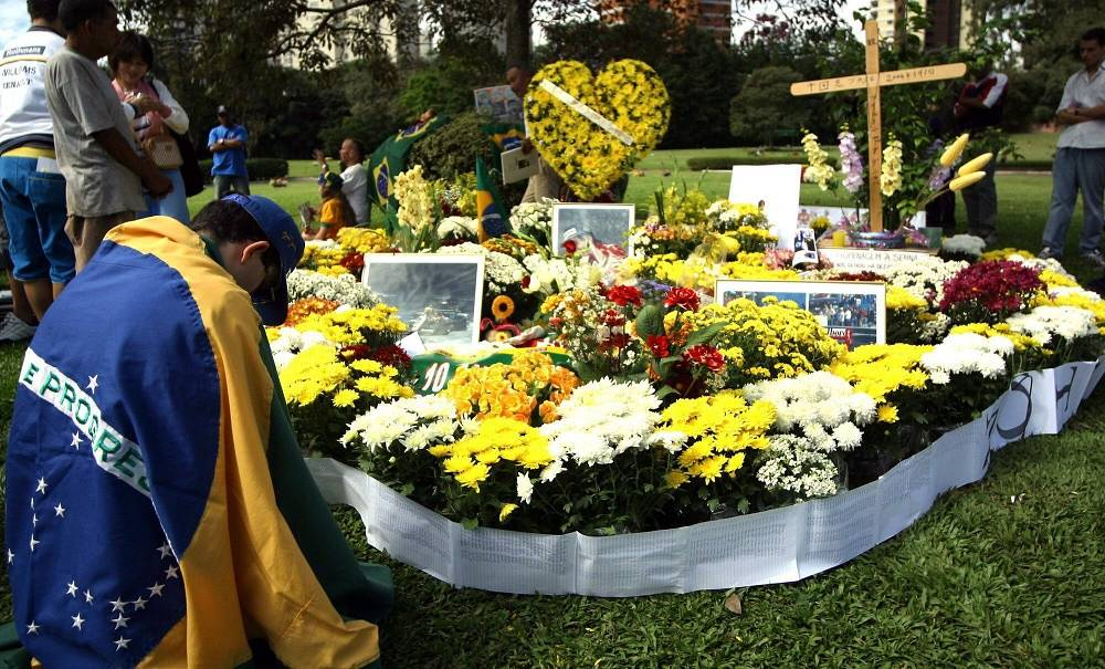 Senna sustained fatal skull fractures, brain injuries and a ruptured temporal artery. Photo: Senna's grave in São Paulo