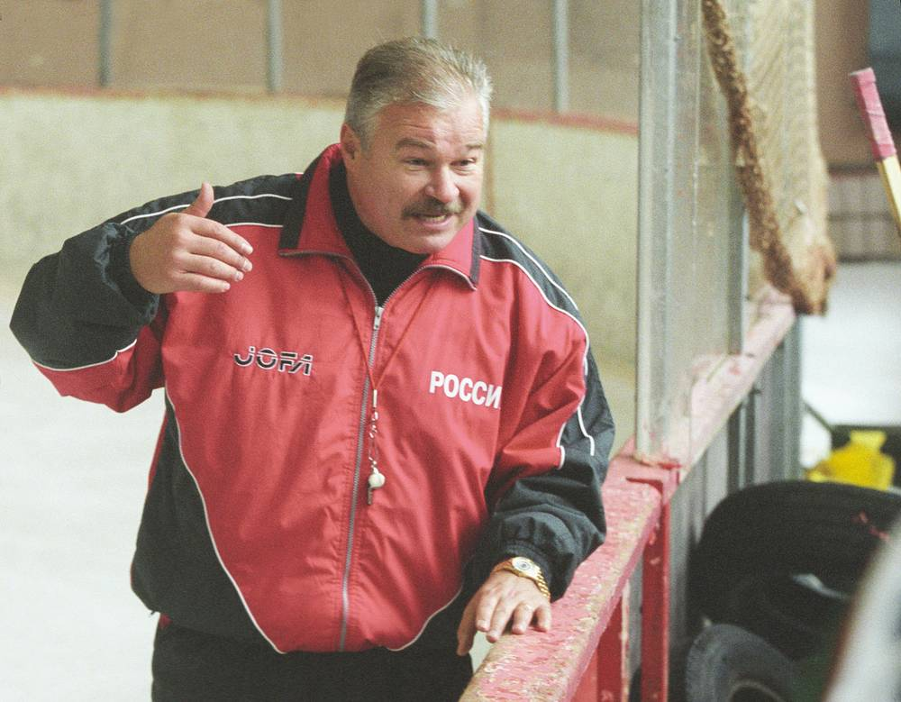 Vladimir Plyuschev coached the Russian team in 2002-2003