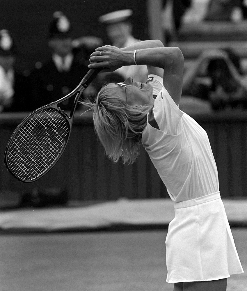 Czech and US player Martina Navratilova is the winner of most Ladies' Singles titles (9) including six of them consecutively (1982-1987)