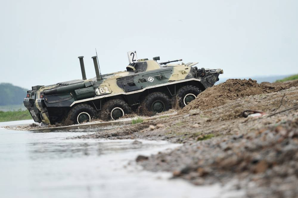 Armoured reconnaissance and surveillance vehicle BTR-80