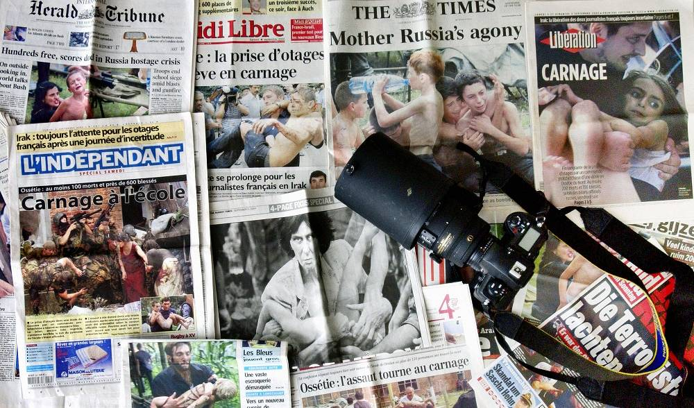 Newspaper headlines after the tragedy in Beslan