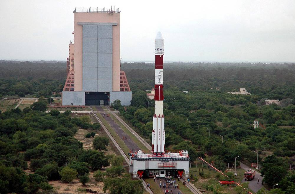Satish Dhawan Space Centre in Sriharikota is operated by Indian Space Research Organization. It is located about 100 kilometers north of Chennai, India. The first orbital satellite launch took place from this facility on 10 August 1979. Photo: Chandrayaan-1, India's maiden lunar mission, is taken to the launch pad at the Satish Dhawan Space Centre in Sriharikota, October 22, 2008