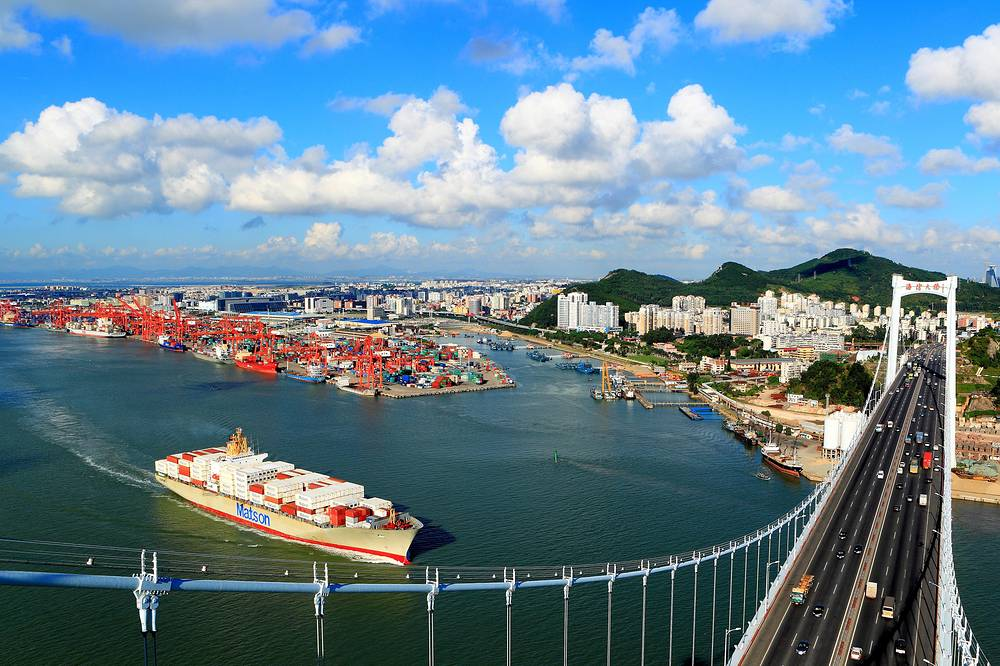 The most prominent SEZs in China are Shenzhen, Xiamen, Shantou, and Zhuhai. Photo: the port in Xiamen in southeast China's Fujian province