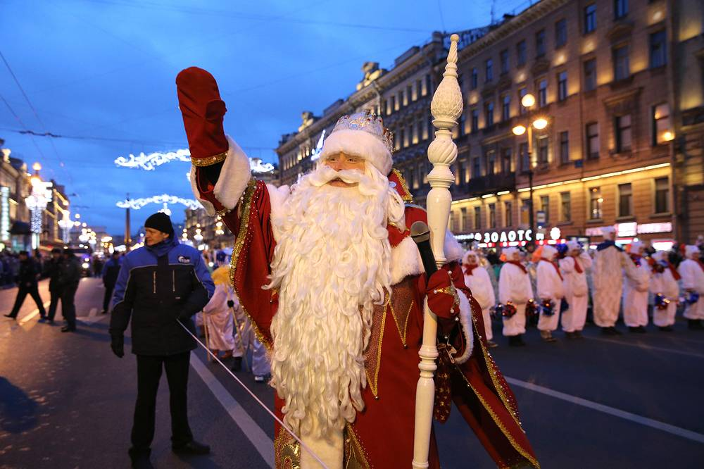Photo: During a festive procession of All-Russian Father Frost on the Nevsky Prospect in Saint Petersburg