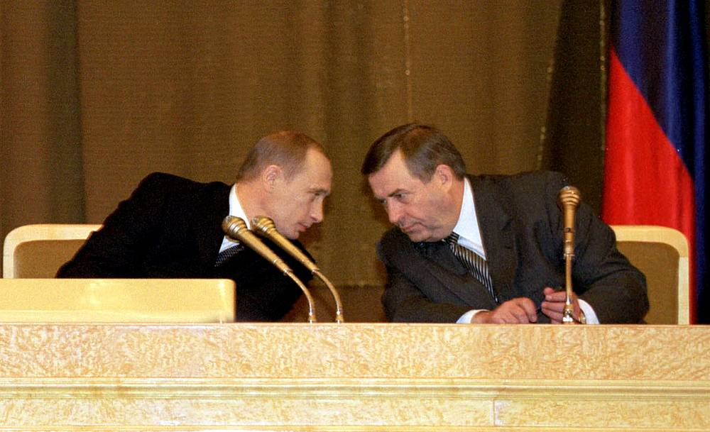 Putin's 2002 state-of-the-nation address focused on the army reform and improvement of Russia's competitiveness in global economy. Photo: Vladimir Putin and State Duma Speaker Gennady Seleznyov. April 12, 2002