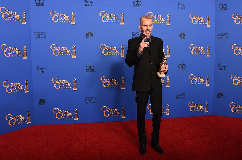 "Billy Bob Thornton with the award for Best actor in a miniseries or television film for ""Fargo"""