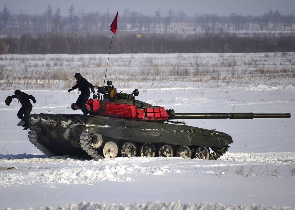 Regional stage of the 2015 Tank biathlon competition in Khabarovsk region
