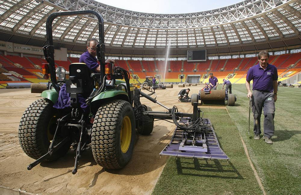 2008 UEFA Champions League Final match that took place at the Luzhniki Stadium in Moscow. Photo: Preparations for the Manchester United and Chelsea match at the Luzhniki Stadium, 2008