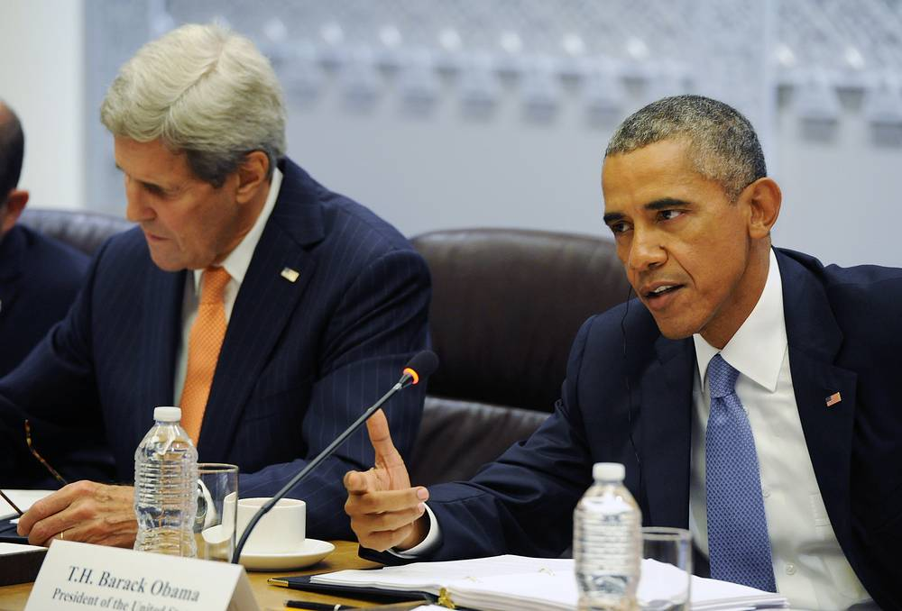 US Secretary of State John Kerry and US President Barack Obama during talks with Russia's President Vladimir Putin