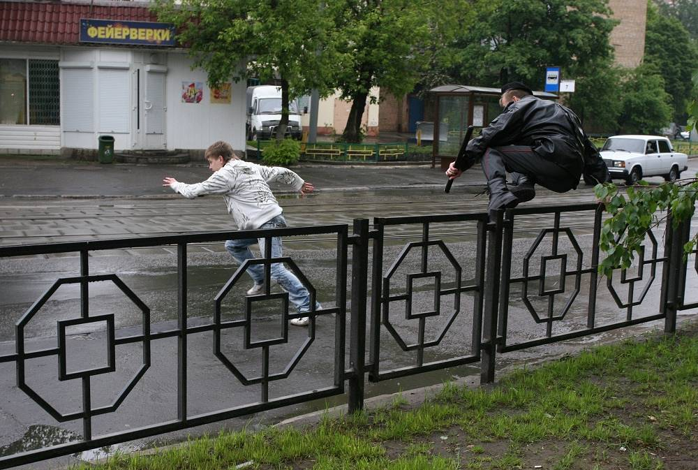 The chase of the offender on the streets of Moscow, 2008
