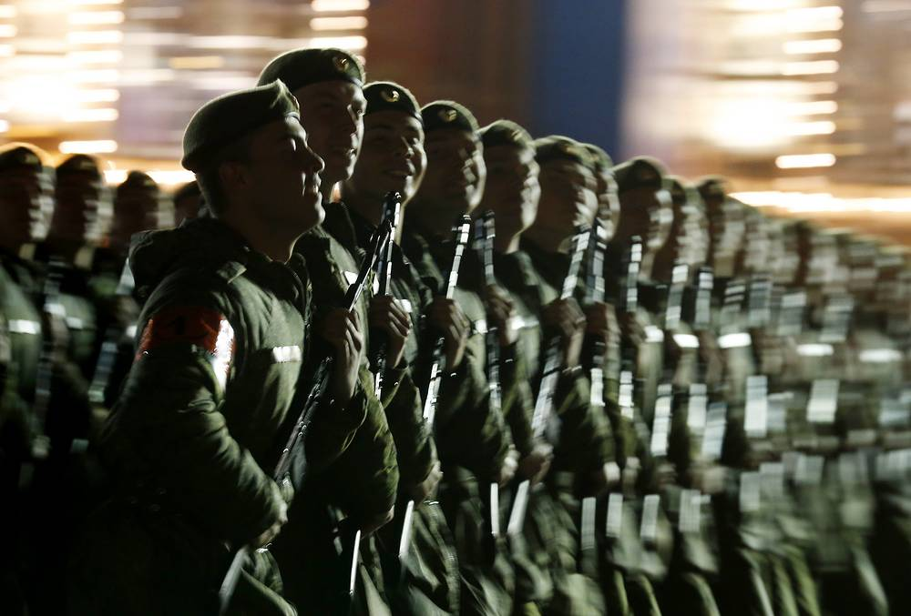 Russian servicemen at Moscow's Red Square