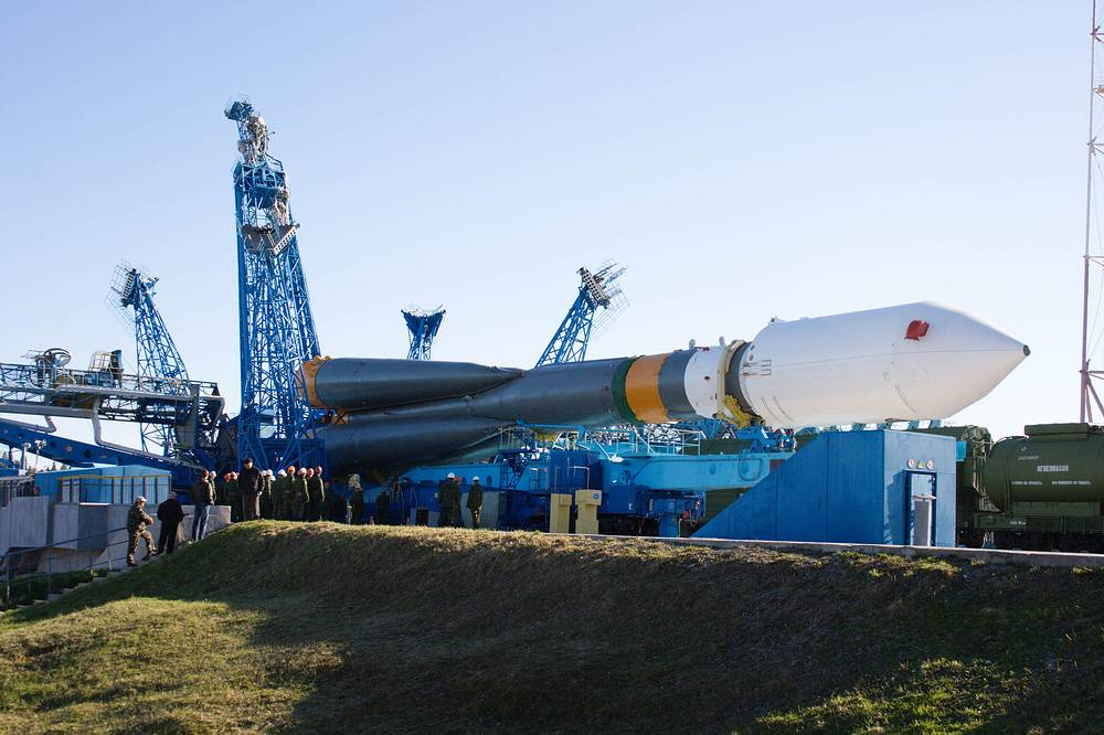 Plesetsk cosmodrome is used primarily for military launches. Photo: Soyuz-2 carrier rocket carrying Meridian military satellite seen on the lauch pad of the Plesetsk cosmodrome, 2009