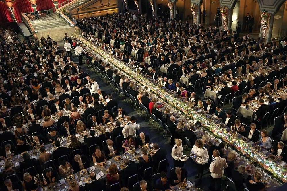 A general view over the Table of Honour during the 2016 Nobel prize award banquet at the Stockholm Concert Hall