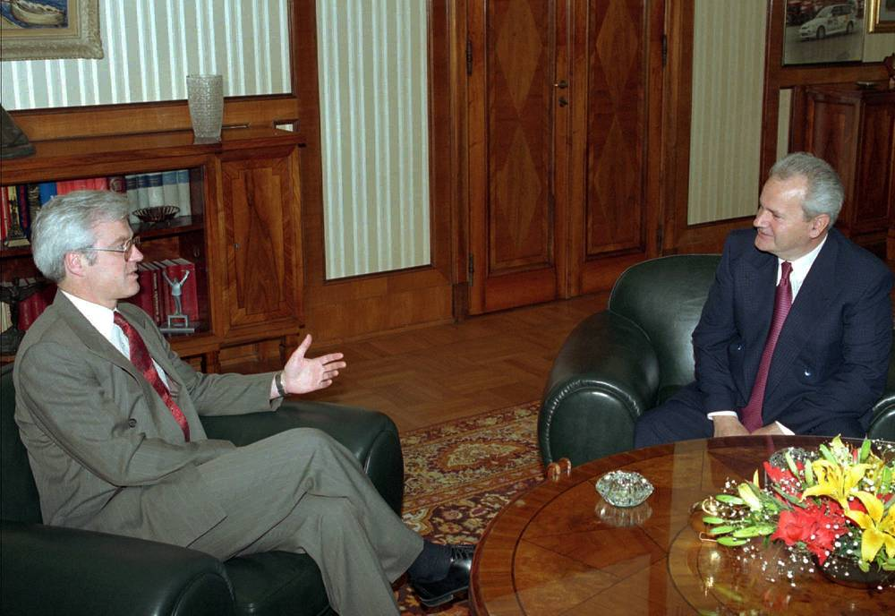 Subsequently, Vitaly Churkin served as Ambassador-at-Large at the Ministry of Foreign Affairs from 2003 to 2006. Photo: Serbian President Slobodan Milosevic and Vitaly Churkin during their meeting in Belgrade, 1995