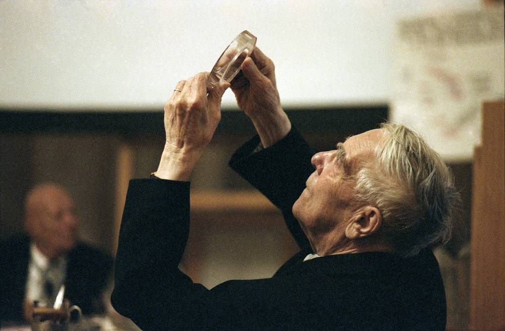 "One half of the Nobel Prize in Physics 1978 was awarded to Pyotr Kapitsa ""for his basic inventions and discoveries in the area of low-temperature physics"""