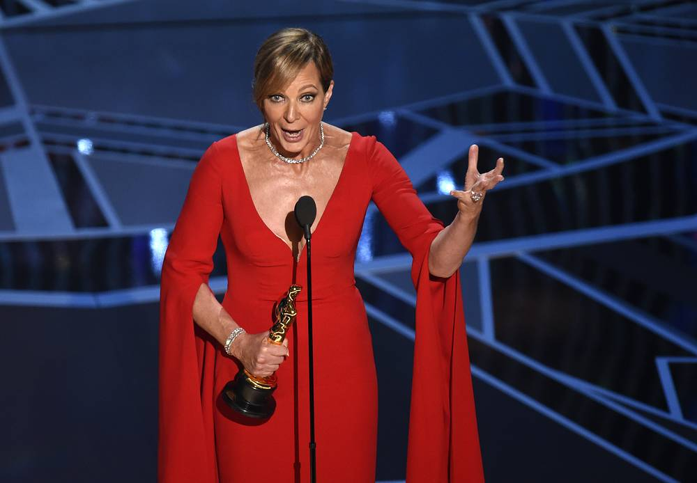 """Allison Janney accepts the award for best performance by an actress in a supporting role for """"I, Tonya"""""""