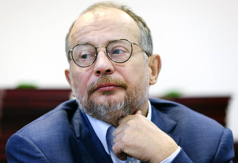 Vladimir Lisin, chairman and the majority shareholder of the steelmaker NLMK, $19.1 bln