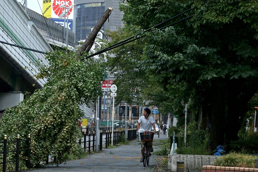 Powerful typhoon Jebi made landfall in western Japan disrupting transports due to strong winds and heavy rain
