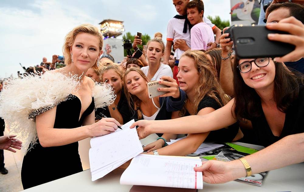 Australian actress Cate Blanchett signs autographs during the 75th annual Venice International Film Festival