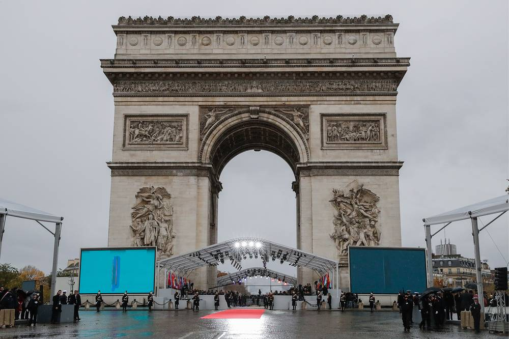 A view of the Triumphal Arch on the Elysian Fields in Paris
