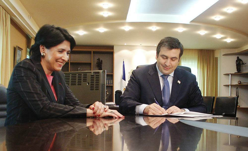Georgian President Mikhail Saakashvili signs a decree granting dual citizenship to Salome Zurabishvili, and appointing her to the post of Georgian Minister of Foreign Affairs, 2004