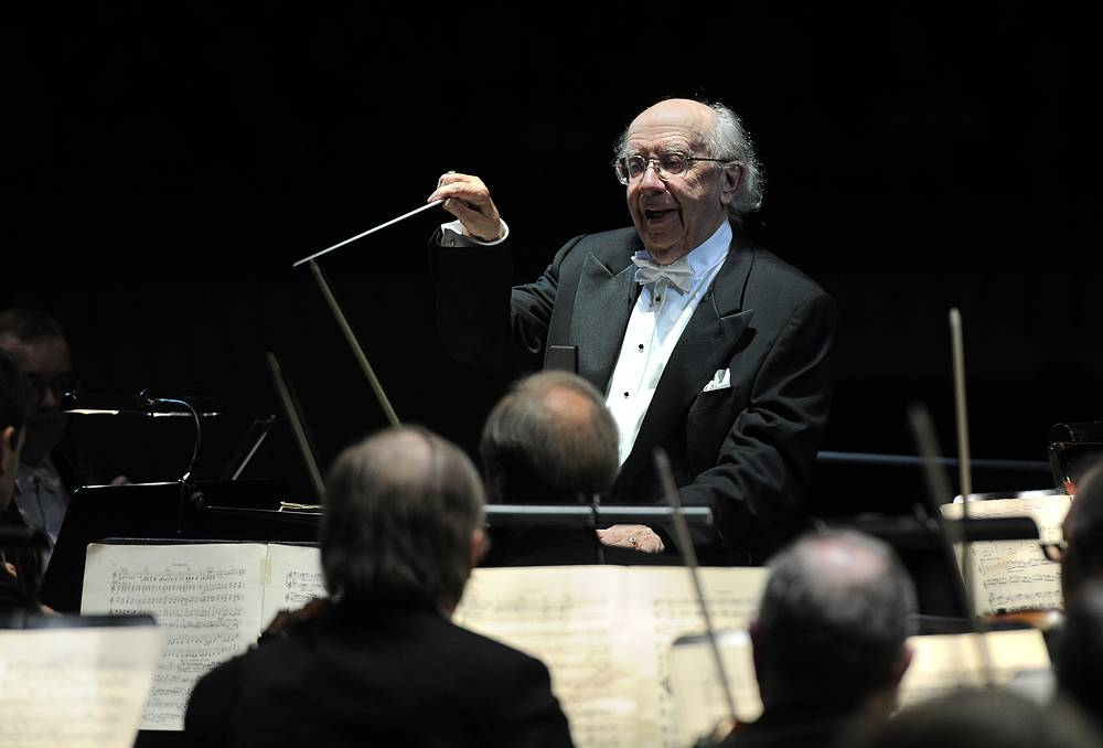 Prominent Russian conductor Gennady Rozhdestvensky passed away on June 16. He was 87