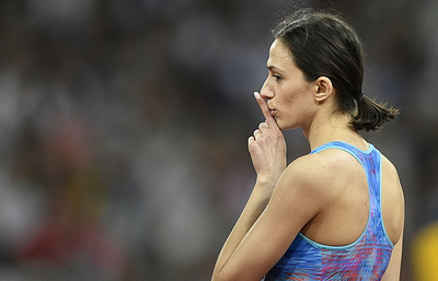 Russia's Lasitskene wins high jump gold at London World Championships