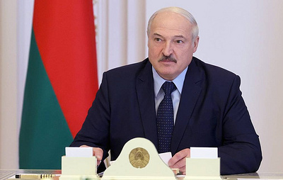 Lukashenko strips over 80 former military and law enforcement personnel of ranks