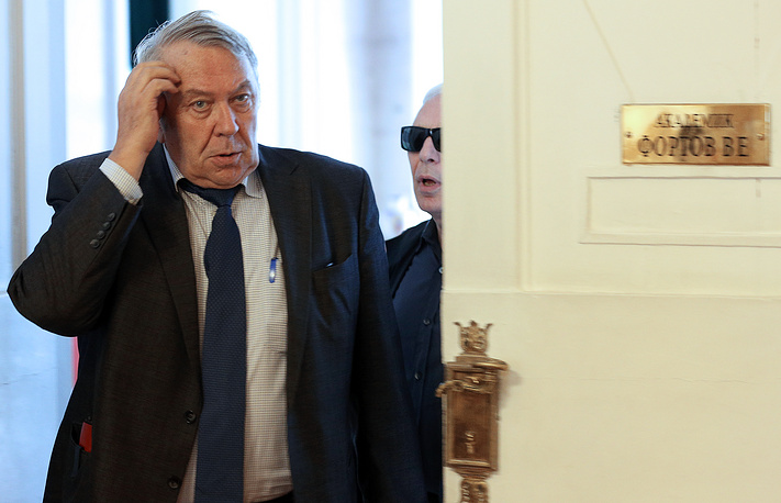 President of the Russian Academy of Sciences Vladimir Fortov before the Academy's presidium session. July 9, 2013.