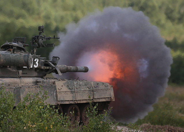Tank wargames at the Kantemirov division firing range in Naro-Fominsk region, Moscow suburbs. August 2, 2013.