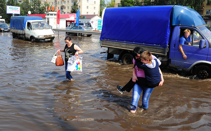 Massive flood in Amur region. Total damage will be calculated in spring of 2014.