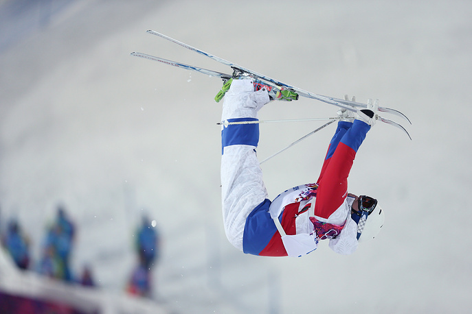 Alexander Smyshlyaev from Russia on his way to winning Bronze in the Freestyle Skiing Mens Moguls final at the Sochi 2014 Olympic Games