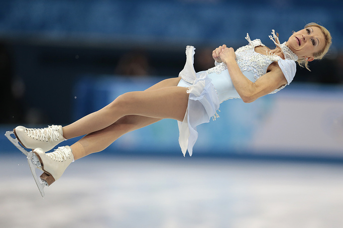 Tatiana Volosozhar in the pairs short program figure skating competition