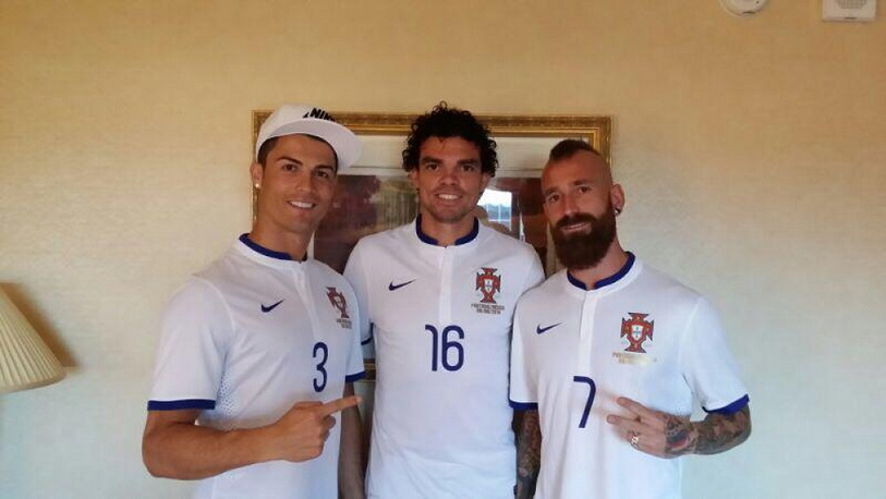 Cristiano Ronaldo, Pepe and Raul Meireles of Portugal