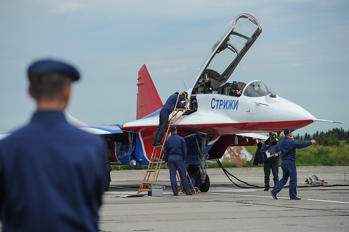 MiG-29 fighter of the The Strizhi (Swifts) aerobatic team