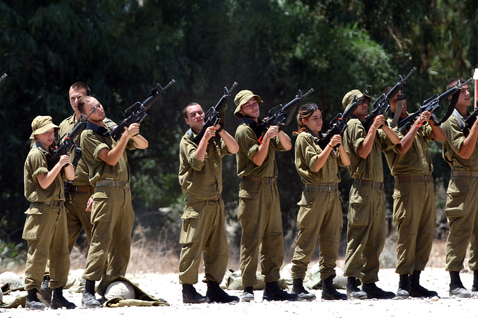 Israeli soldiers near the city of Ashkelon