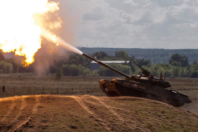 A T-90A tank takes part in the demonstration program