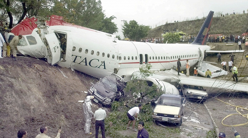 President from the Central American Bank of Economic Integration (BCIE), Nicaraguan Harry Brautigam died when TACA airlines airplane landed out of the landing strip at the airport of Tegucigalpa, Honduras, 30 May 2008