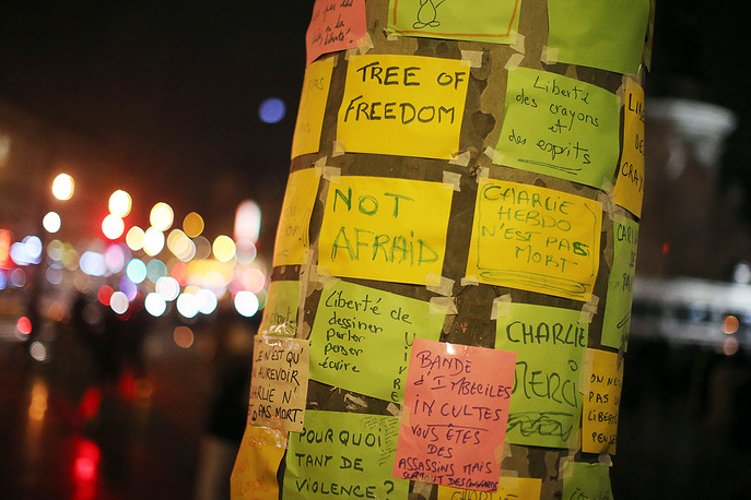 'Tree of freedom' covered with messages to commemorate the victims of the attack on French magazin Charly Hebdo on the Place de la Republique in Paris, France