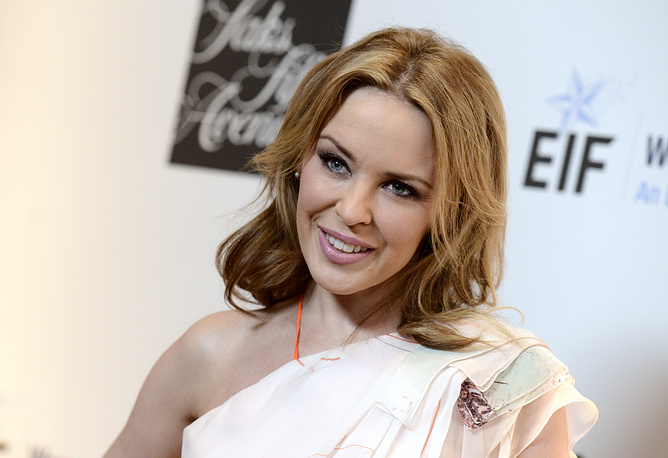 Australian pop star Kylie Minogue was diagnosed with breast cancer in March 2005 and underwent both surgery and chemotherapy