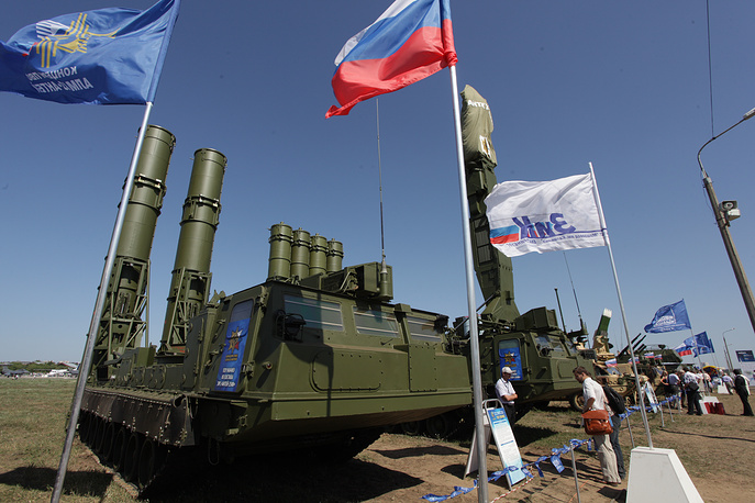 Outside Russia, S-300 is used in Eastern Europe and Asia. S-300VM Antey-2500 is an export variant of S-300