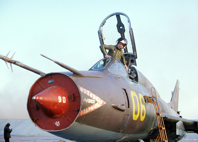 Sukhoi Su-17 became the first Soviet variable-sweep wing fighter-bomber