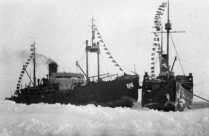 Murman and Taymyr icebreakers, where the crew of Ivan Papanin's North Pole-1 expedition stayed for winter, 1938