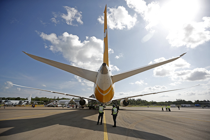 Scoot Boeing 787 Dreamliner commercial jet