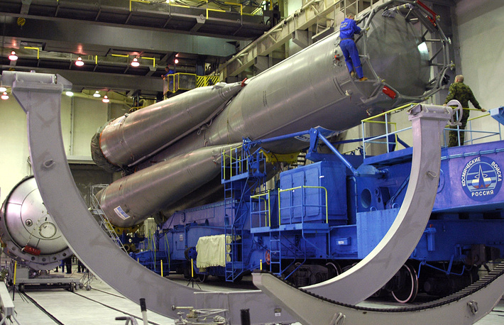 The first and second stages of Soyuz-U carrier rocket at Plesetsk cosmodrome's technical complex, 2006