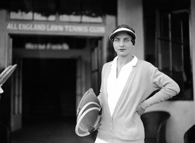 American tennis player Helen Wills Moody became famous around the world for holding the top position in women's tennis for a total of nine years: 1927–33, 1935 and 1938. Photo: Helen Wills Moody at Wimbledon, London, 1930
