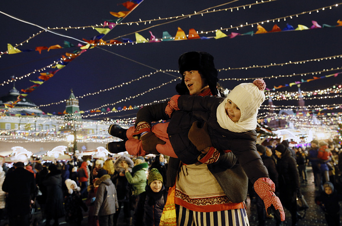 Journey to Christmas winter festival in Moscow's Red Square